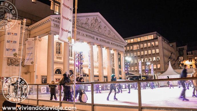Pista de patinaje sobre hielo - Bruselas en Navidad
