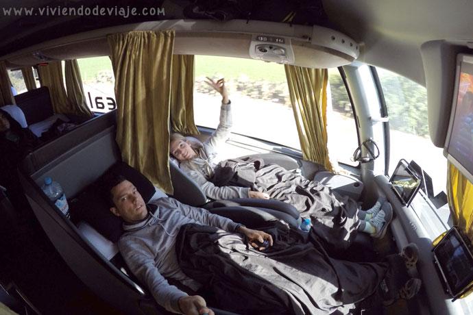 transporte-peru-autobus-cama