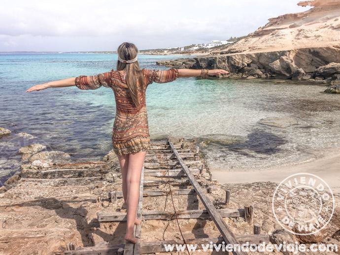 Caló d'es Mort, un imprescindible que ver en Formentera