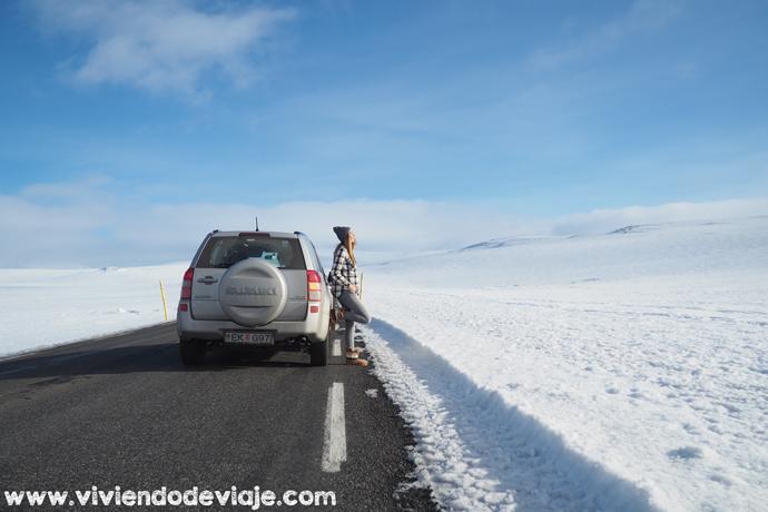 Alquilar un coche en Islandia en invierno
