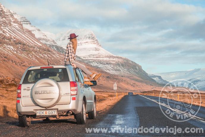 Ruta por Islandia en coche de alquiler