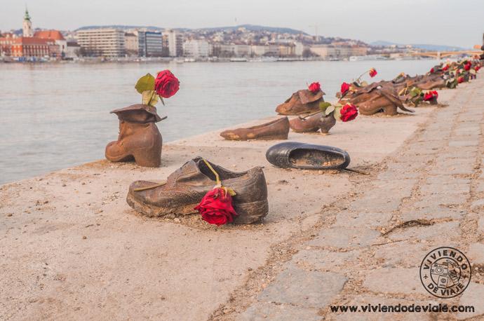 Que ver en Budapest, los zapatos en el Danubio