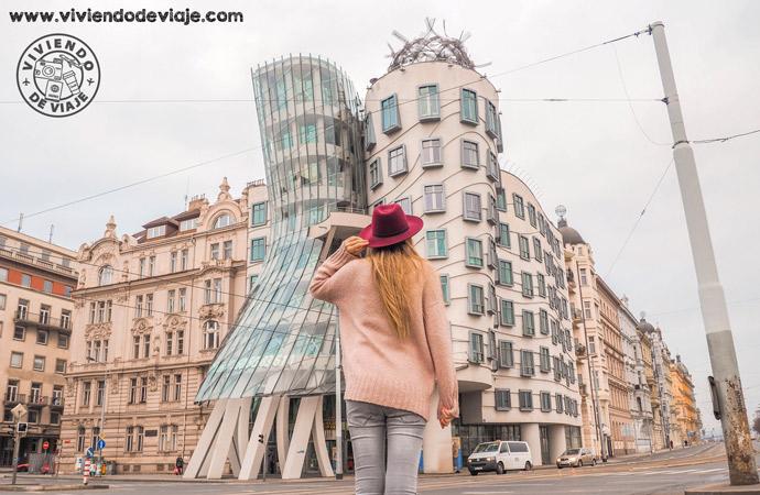 La original Casa Danzante, una de las cosas que ver en Praga