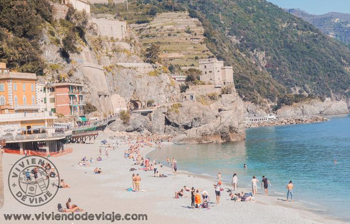 Que ver en Cinque Terre, playa Monterosso al Mare