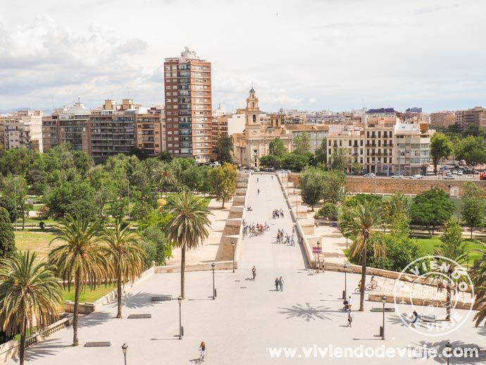 Mirador de Valencia, Torres de Serranos