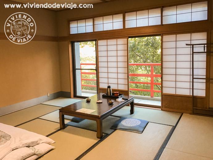 Dormir en un templo en Japón, habitación del Gyokuzoin