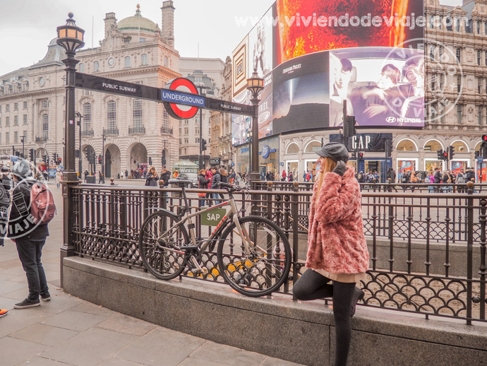 Picadilly Circus un imprescindible que ver en Londres