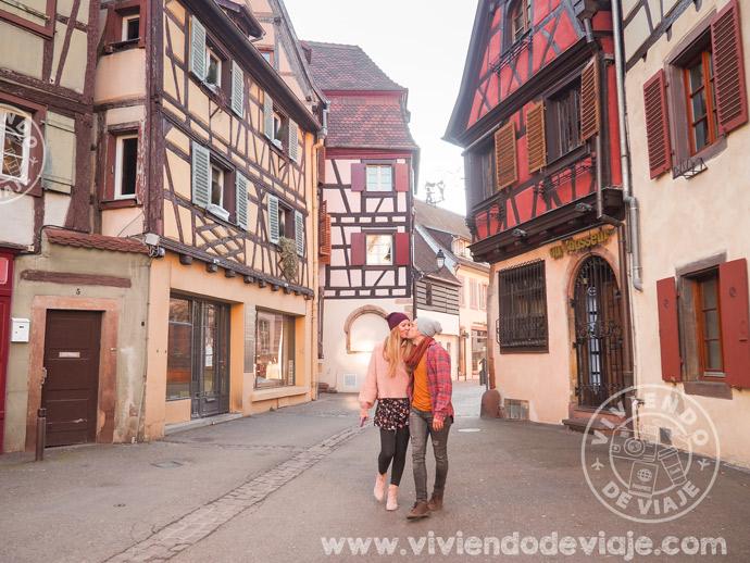 Nuestro alojamiento en Colmar estaba justo a la izquierda