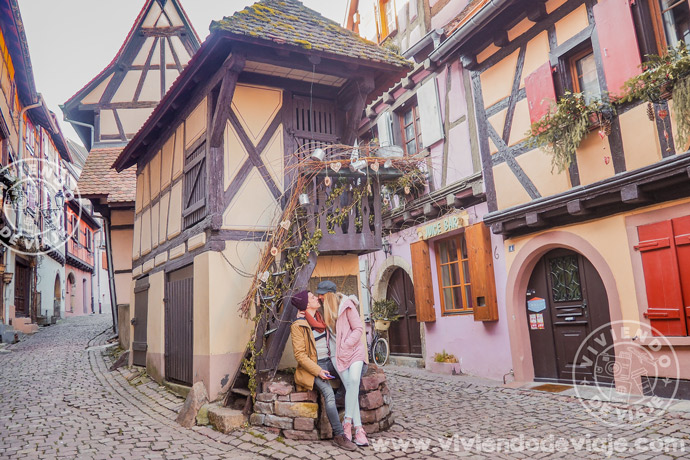 Cosas imprescindibles que hacer en Alsacia, pasear por Eguisheim