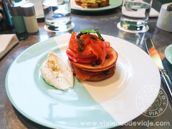 Desayunar en Tiffany's - Plato principal del menú Breakfast at Tiffany