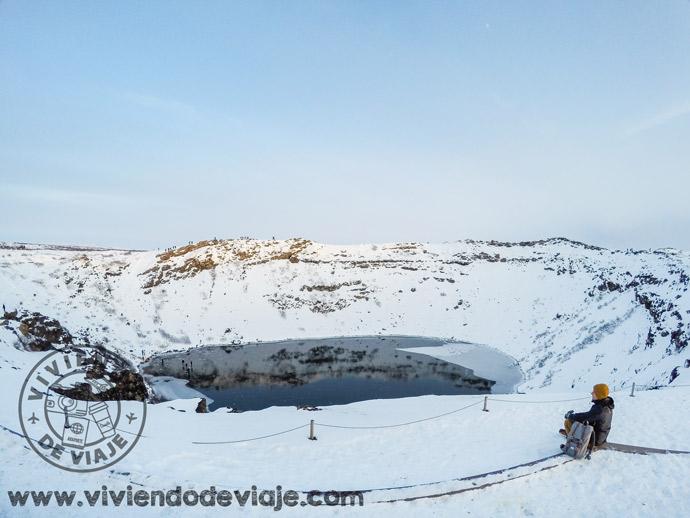 Cráter Kerio, Islandia cubierta de nieve