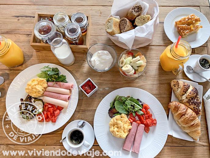 Desayuno en el Art Hotel, Santorini