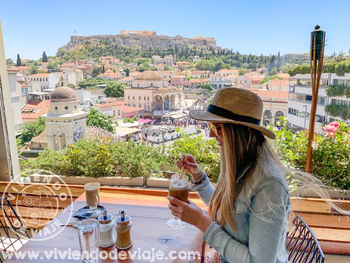 Tomar algo con las mejores vistas de Atenas
