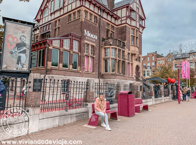 Exteriores del Moco Museum, Amsterdam