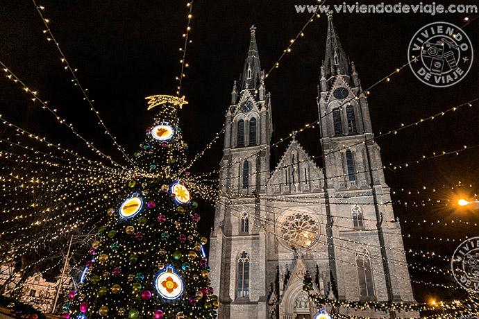Mercado de Navidad de la Plaza de la Paz (náměstí Míru)