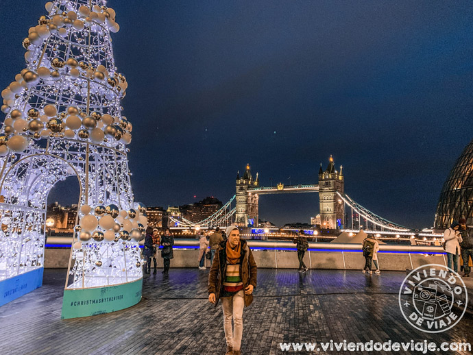 Christmas by the Riveren Londres