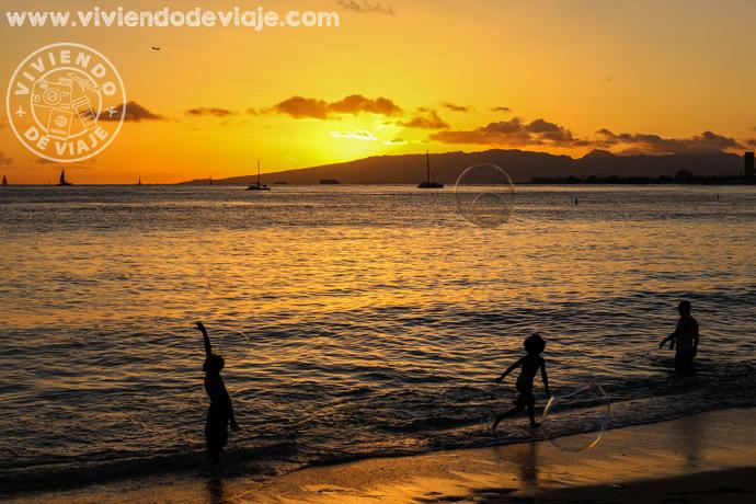Atardecer en Waikiki Beach, Oahu