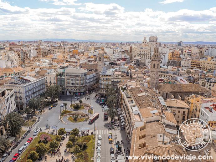Lugares que visitar en Valencia | La plaza de la Reina vista desde el Miguelete