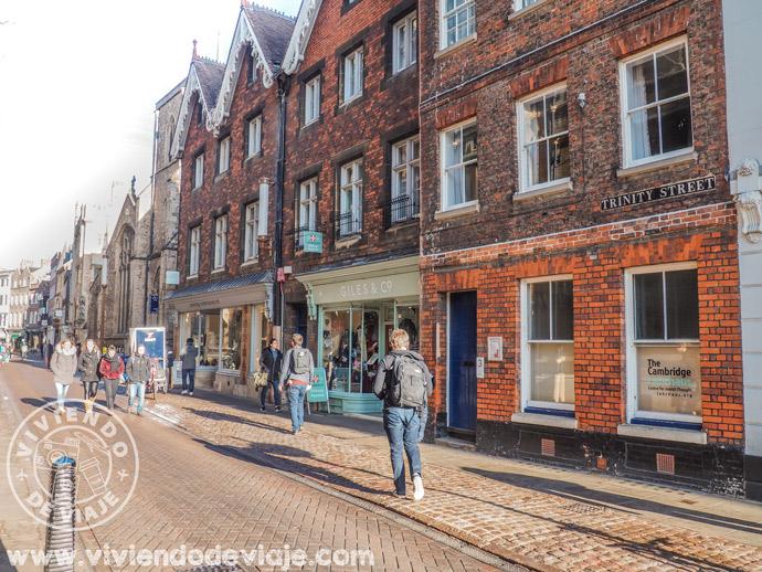 Qué hacer en Cambridge | Pasear por Trinity Street
