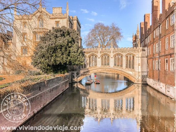 Puente de los Suspiros, un lugar imprescindible que ver en Cambridge