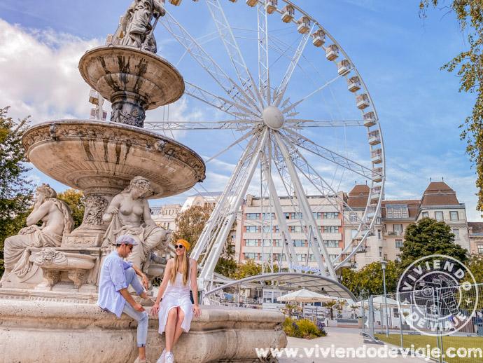 Subir al Budapest Eye, una de las cosas que hacer en Budapest