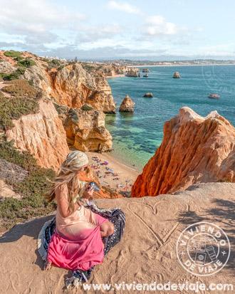 Vistas desde arriba a Praia do Camilo